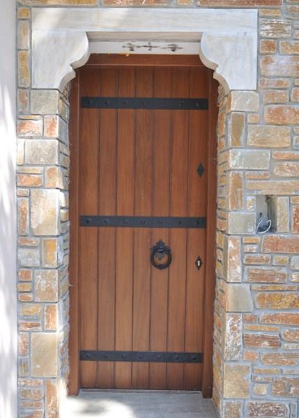 4586c9a7bf1 Ξυλινες Πορτες | Ξύλινα κουφώματα Τα Χαραλαμπάκια Αφοί Χ ...